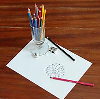 5-Nena-crayons couleur